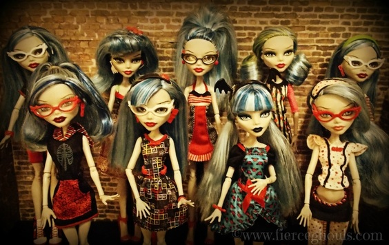Monster High Ghoulia Yelps Collection