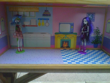 Monster High Dolls Ghoulia & Spectra