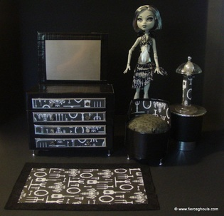 Monster High Frankie DIY Furniture